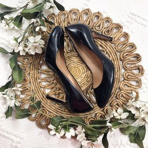 Ann Taylor Black Patent Round Toe Heels